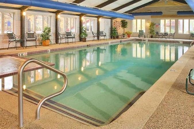 AMV-Indoor-Pool